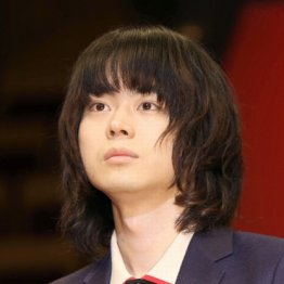 菅田将暉「3年A組」好調の深い意味…日テレの新看板枠に