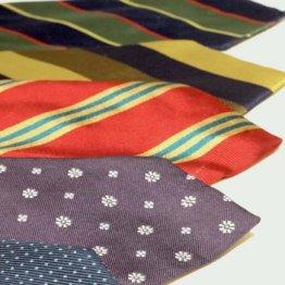 例えば水玉は「整然」「秩序」ネクタイの柄の意味を知る