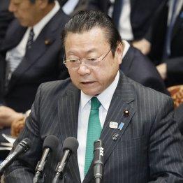 池江選手に冷酷な言葉 桜田大臣「ガッカリ」は安倍政権の象徴