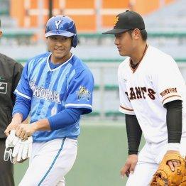 岡本(右)に「なじんでますね」と言われる中井