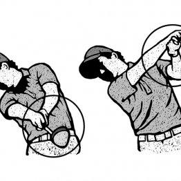 意識せずにフォローでは右手を左手の上に向かって振り抜く