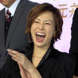 """米倉涼子「シカゴ」で夏不在でも """"視聴率女王""""安泰のワケ"""