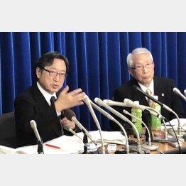 1月と同じ調子(樋口委員長=左)(C)日刊ゲンダイ