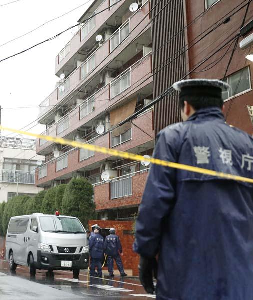 80歳の女性が手足を縛られ殺害されていたマンション(東京・江東区)/(C)日刊ゲンダイ