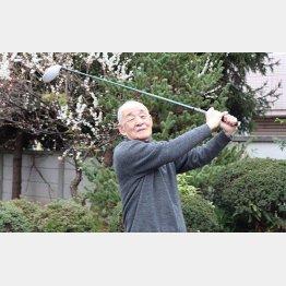 東宝の打ち合わせはゴルフ場クラブハウスだった(神津義行さん)/(提供写真)