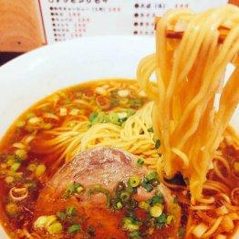 新中野「牛こくラーメンまる勝」で楽しめる高級中華の味