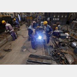 インドのカルカッタ郊外にある製鉄所(C)ロイター