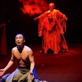 劇団東演創立60周年記念「マクベス」役者の身体性で魅了