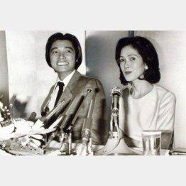 いしだあゆみとの記者会見(1980年)/(C)日刊ゲンダイ