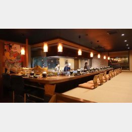 奥飛騨初のオープンキッチンカウンター(提供写真)
