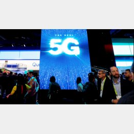 5Gのサービス開始でlotデバイスが不可欠(C)ロイター