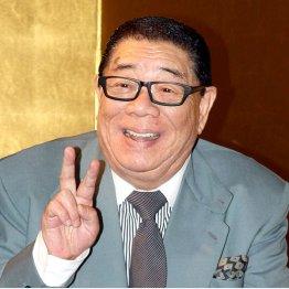 「グラッチェ」「アミーゴ!」(C)日刊ゲンダイ