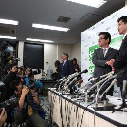 巧妙に仕組まれたドラマ並みにねじれていた大阪W選の構図