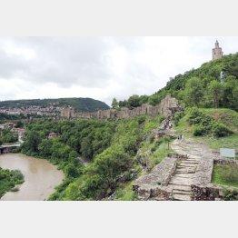 ブルガリアの「ツァレベツの丘」/(写真提供:Sannaさん)
