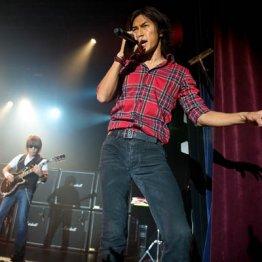 平成の音楽セールスは売り上げ枚数から再生回数の時代へ
