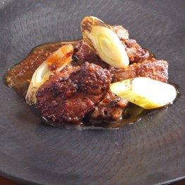 【鶏レバーの玉ネギソース炒め】うまい、簡単、早い、安いのまかない料理