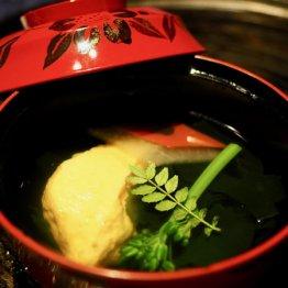 大分・天ケ瀬温泉「山荘天水」で伝統的な日本料理と自然を