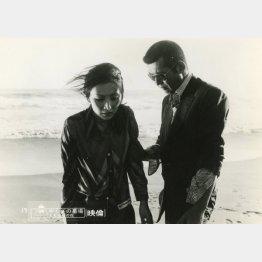 映画「やくざの墓場 くちなしの花」(1976年深作欣二監督)/(C)東映