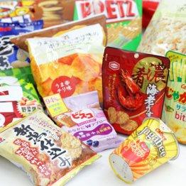"""【スナック菓子】少子化とスマホで""""個別包装少量型""""が人気"""