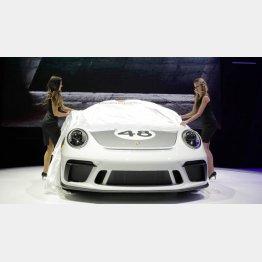 4月のニューヨーク国際自動車ショーで新型「 2020年ポルシェ911スピードスター」を発表/(C)ロイター