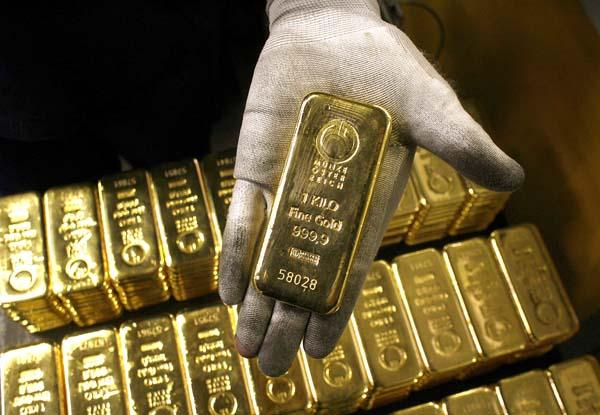 「金銀比価」は88倍(C)ロイター=共同
