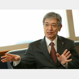日本航空の赤坂祐二社長(C)日刊ゲンダイ