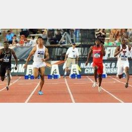 全米大学選手権 男子100メートル決勝で、9秒97の日本新記録をマークして3位となった(C)共同通信社