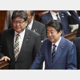 「解散はありうる」と発言をした萩生田幹事長代行(左)(C)日刊ゲンダイ