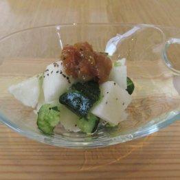 【南高梅と北海道産長芋のたたきサラダ】オリーブオイルでひとひねり