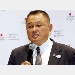 会見で所信表明に臨む山下泰裕JOC新会長(C)日刊ゲンダイ