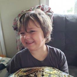 脳腫瘍の男児への贈り物と知らず 盗んだ女2人組の涙の謝罪