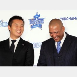 DeNA初代球団社長の池田純氏とラミレス監督(C)日刊ゲンダイ