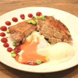 【大人のオムライス】鶏肉の中に焼き飯! 子どもは大喜び