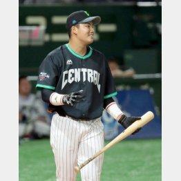 本塁打競争に出場した村上(C)日刊ゲンダイ