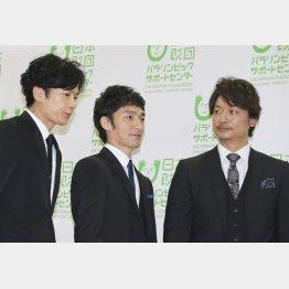 左から稲垣吾郎、草なぎ剛、香取慎吾(C)日刊ゲンダイ