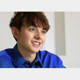 タレントのハリー杉山さん(C)日刊ゲンダイ