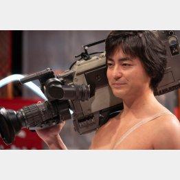村西とおるを演じるのは山田孝之(Netflixオリジナルシリーズ「全裸監督」はNetflixにて全世界独占配信中)