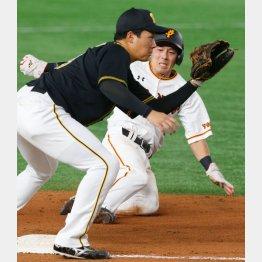 果敢に三盗を成功させた増田大(C)日刊ゲンダイ
