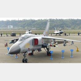 中国軍のJH7戦闘爆撃機(C)共同通信社