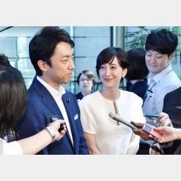 結婚した小泉進次郎と滝川クリステル(C)共同通信社