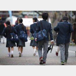 教育資金は計画的に貯めるしかない(C)日刊ゲンダイ
