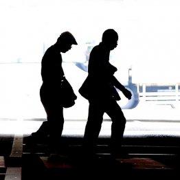 年収アップもうつ病に 幸福な転職は「心が満たされるか」