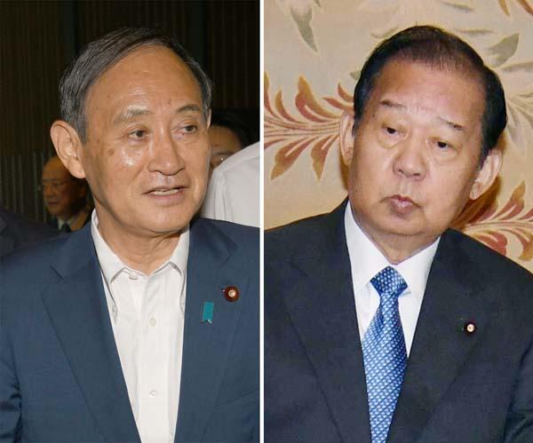 菅官房長官(左)と二階幹事長(C)日刊ゲンダイ