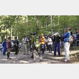 行方不明の小倉美咲ちゃんを捜索するため、キャンプ場に集まったボランティア(C)共同通信社