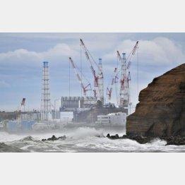 廃炉作業が続く福島第1原発(C)共同通信社