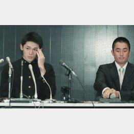夢はあくまで……(右は国保監督)/(C)日刊ゲンダイ
