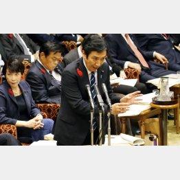 安倍官邸も隠蔽に加担か(15日、答弁する菅原経産相)/(C)日刊ゲンダイ