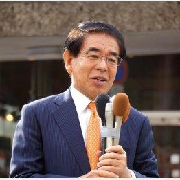 高知県知事選の応援では頬かむり…(下村元文科相)/(C)日刊ゲンダイ