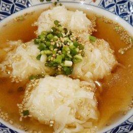 「カニシューマイ」はスープにつかってあっさり