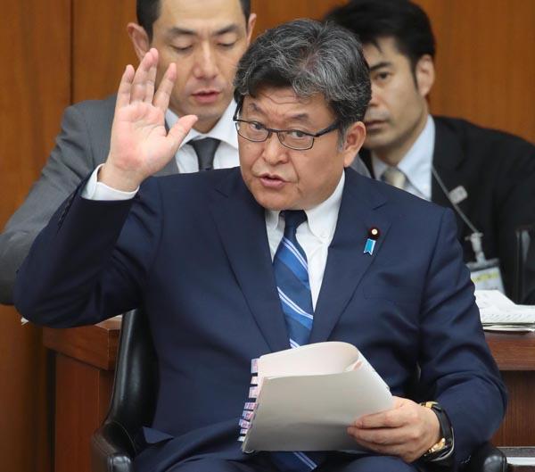 萩生田文科相も「清和会」所属(C)日刊ゲンダイ